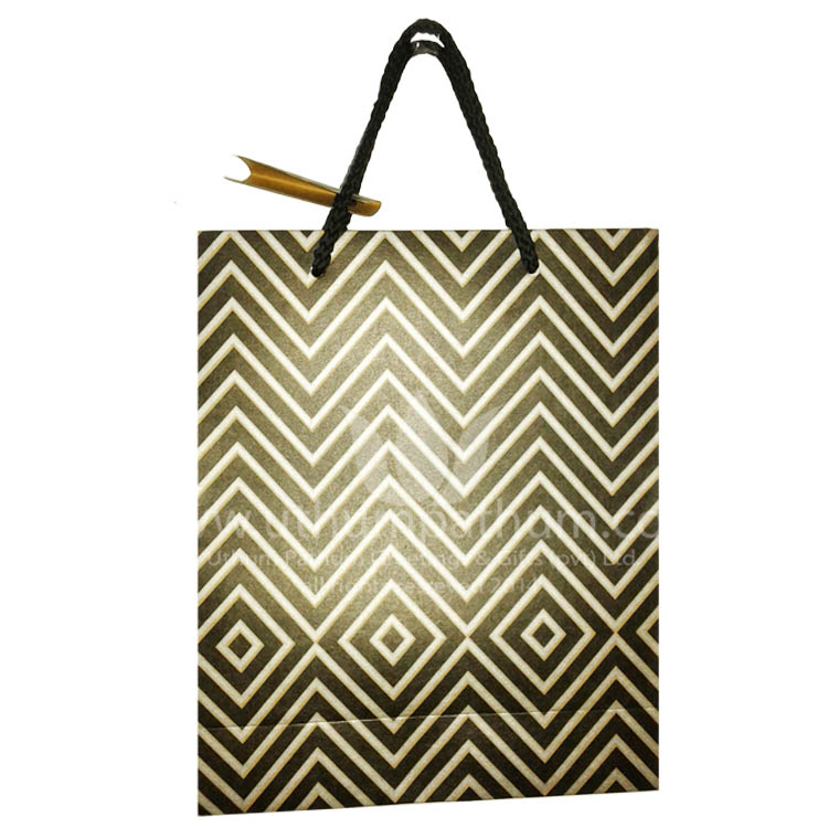 http://uthumpathum.com/Gifts bags
